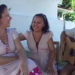 Nara, Ana e Eliza